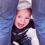 У ребенка истерика. Что делать и как себя вести родителям?