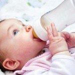 Стул ребенка первого года жизни