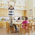 Как утешать ребенка, если он гиперактивный