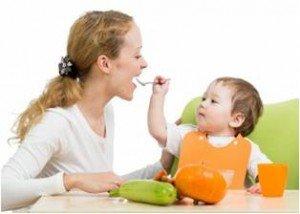 Советы кормящим мамам: как правильно питаться?
