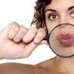 К чему чешется нижняя губа? Наблюдения народных экспертов