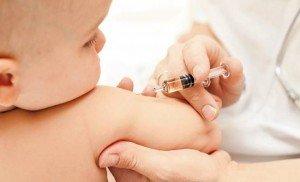 Нужна ли прививка от гепатита В ребенку?