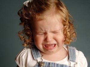 Как справиться с истерикой у ребенка 3 лет.
