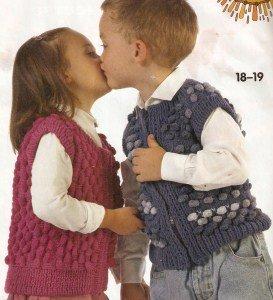 Вязанный жилет для мальчика 4 лет
