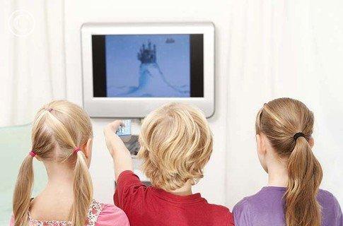 Какие мультфильмы не стоит смотреть детям?